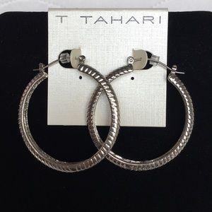 NWT Tahari Women's Essentials Rope Hoop Earrings